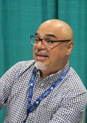 Héctor Tobar